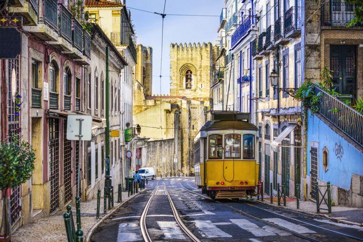 lisbonne portugal vol direct lowcost marseille lisbonne au d part de l 39 a roport marseille. Black Bedroom Furniture Sets. Home Design Ideas